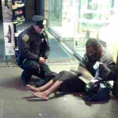 Homeless Man Given Boots By NYC Police Officer Chooses To Go Barefoot Again