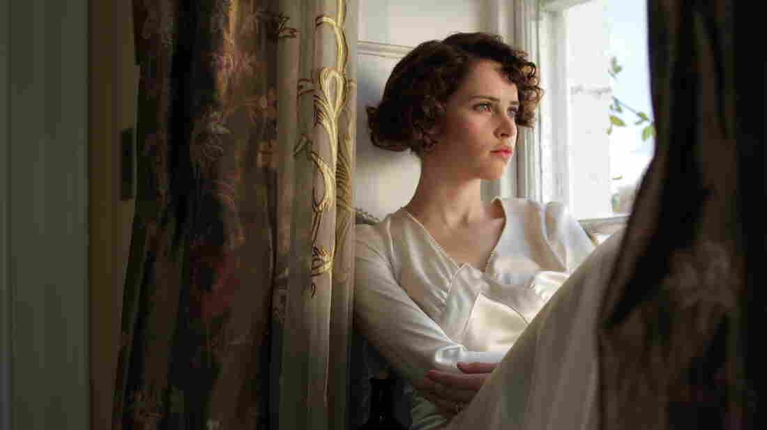 On the day of Dolly's (Felicity Jones) wedding, a former flame returns to stir up doubts about her decision.