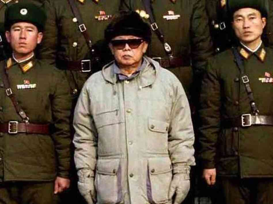 Kim Jong Il and his favorite parka in 2009.