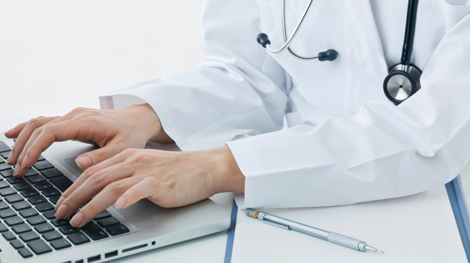 Electronic medical records can have drawbacks, too. (iStockphoto.com)