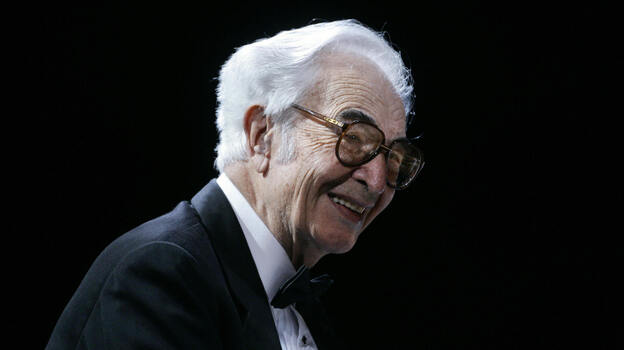Dave Brubeck performs along with his Dave Brubeck Quartet in November 2005. (AFP/Getty Images)