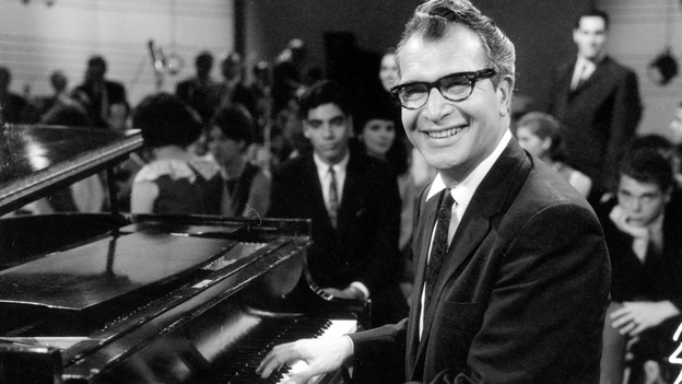 Dave Brubeck performing on the pilot episode of a television program in 1965. (Getty Images)