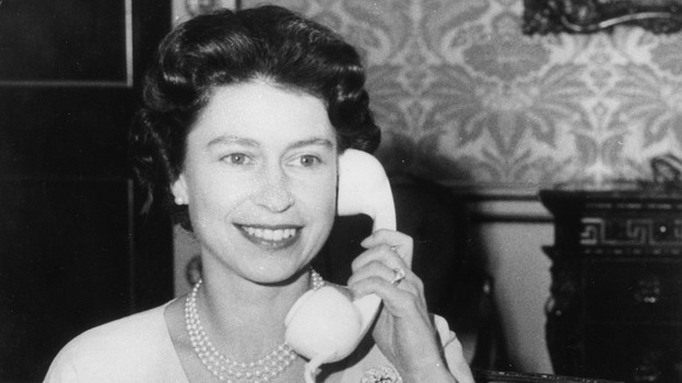 Hullo: The real Queen Elizabeth II, we swear, in 1961. (PA Photos /Landov)