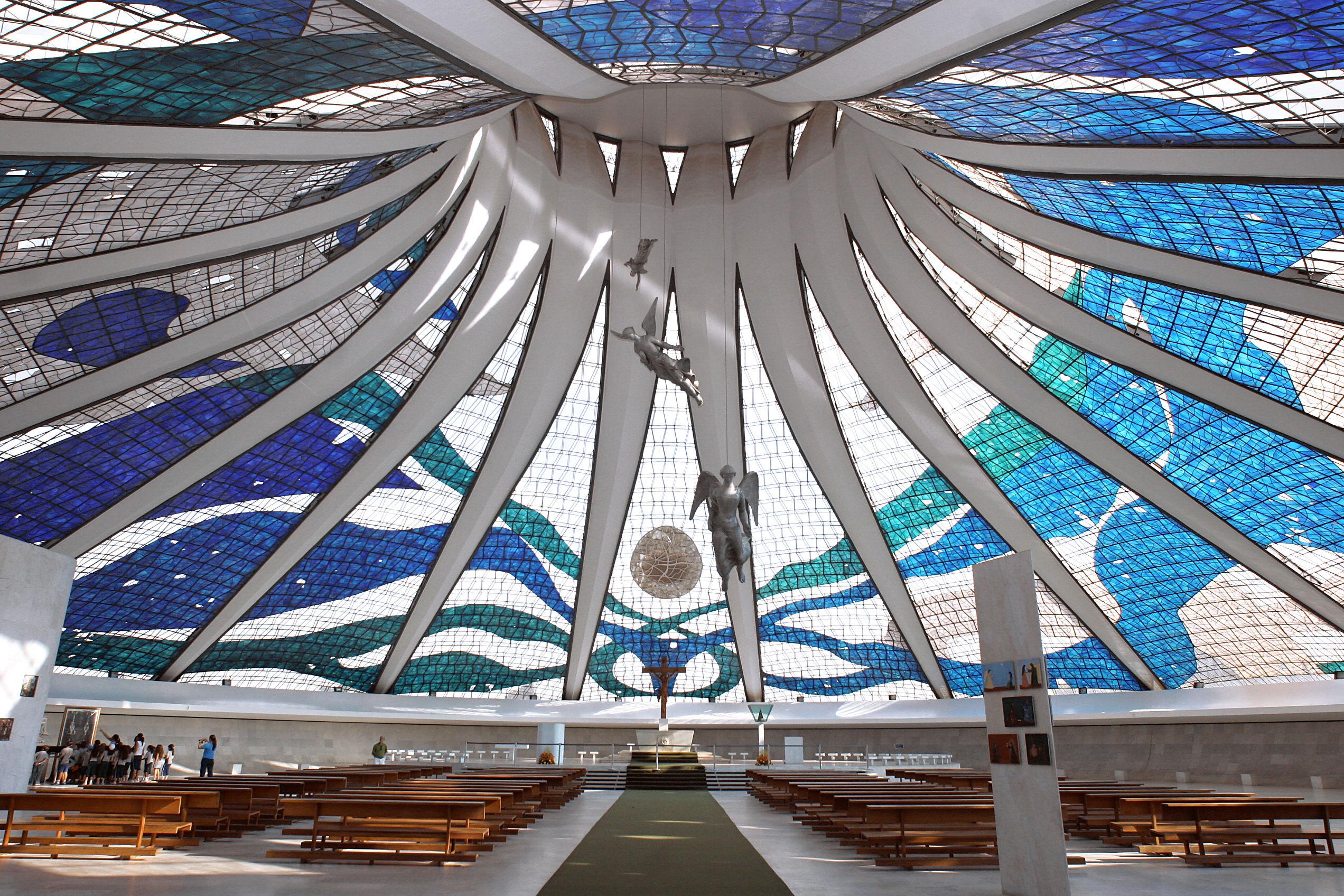likewise Brasilia Capitale Brasile also All p1 additionally A Look At Brazil S Big Dreamer Architect Oscar Niemeyer also Paesi. on oscar niemeyer auditorium