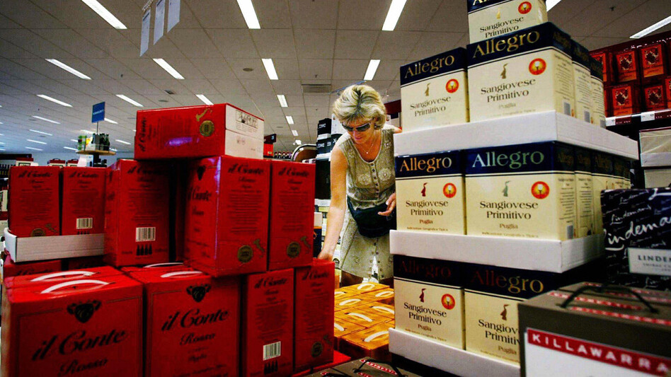 If you're picking a boxed wine for your party this season, be aware that temperature is everything. (Getty Images)