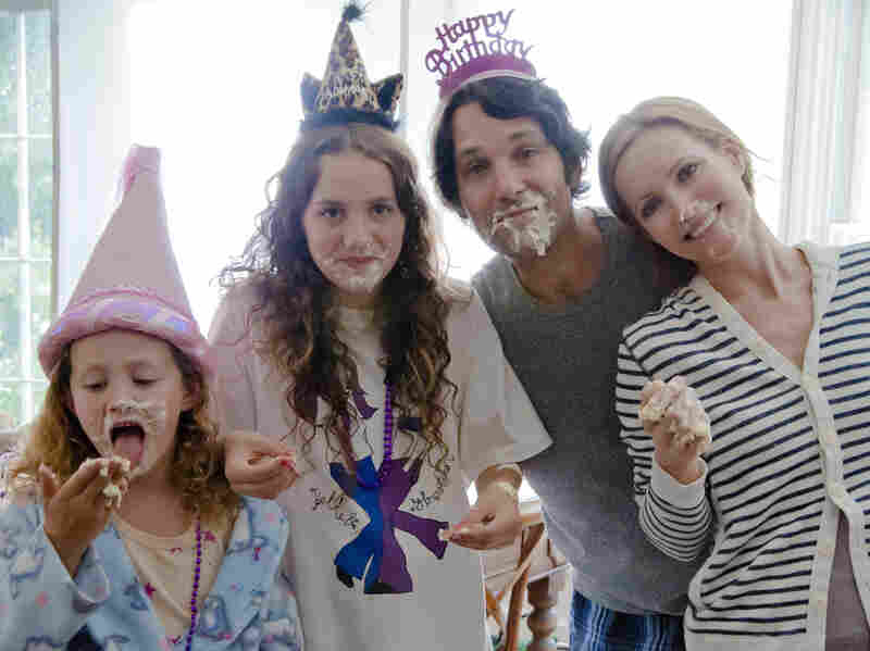 Five years after Judd Apatow's Knocked Up, Paul Rudd and Leslie Mann reprise their roles as married couple Pete and Debbie. Now years into their marriage with two kids (played by Iris and Maude Apatow), Pete and Debbie approach 40 less than gracefully.