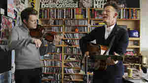 Lyle Lovett: Tiny Desk Concert