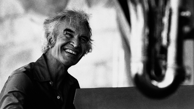 Jazz pianist Dave Brubeck plays at the Newport Jazz Festival in 1981, the same year he played for Susan Stamberg on her family's upright piano. (AP)