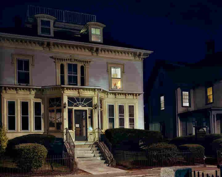 Davis House