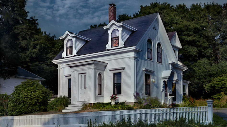 Hodgkins House (Gail Albert Halaban)