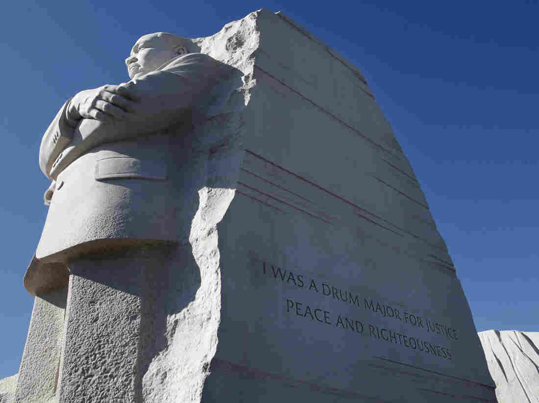 "The Martin Luther King, Jr. Memorial in Washington, D.C. Interior Secretary Ken Salazar endorsed a plan Tuesday to remove the disputed ""drum major"" inscription from the memorial and replace it with a fuller version of the quote."