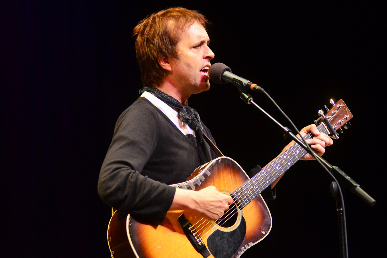 Roots-rock singer Chuck Prophet returns to Mountain Stage.