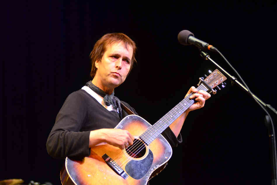 Chuck Prophet plays Mountain Stage on the eve of Hurricane Sandy.