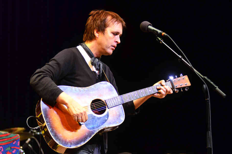 Chuck Prophet plays songs from his 12th solo album, Temple Beautiful.