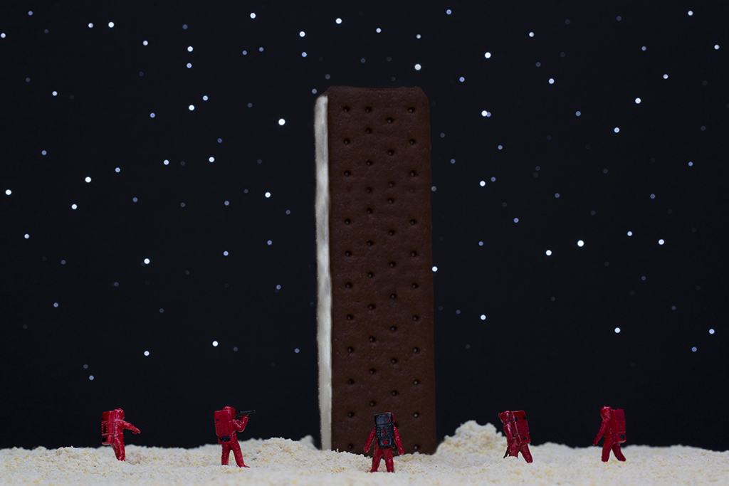 "Ice Cream Sandwich Monolith: ""My God, it's full of -- vanilla ice cream!"""