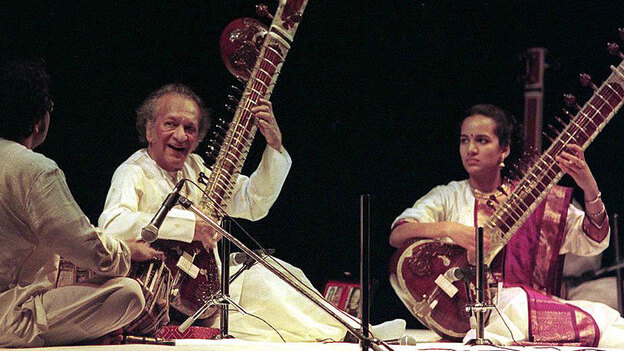 Ravi Shankar performs with his daughter, Anoushka Shankar. (AFP/Getty Images)