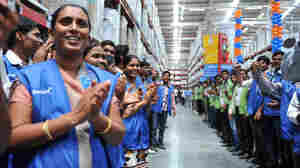 Wal-Mart's Lobbying In U.S. To Be Probed By Indian Government