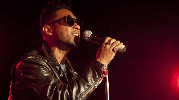 Miguel in concert