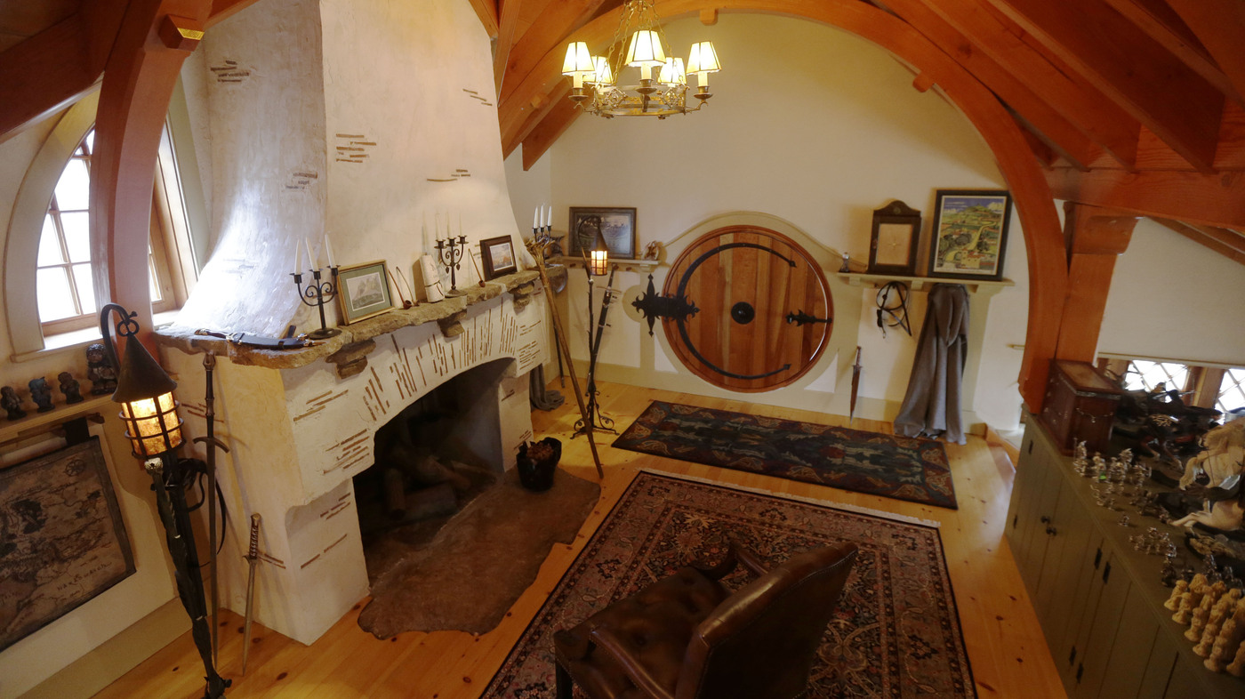No orcs allowed hobbit house brings middle earth to pa npr - Casas en el bages ...