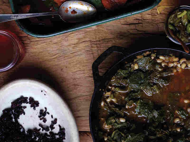 Black-Eyed Peas in Garlic-Ginger-Braised Mustard Greens