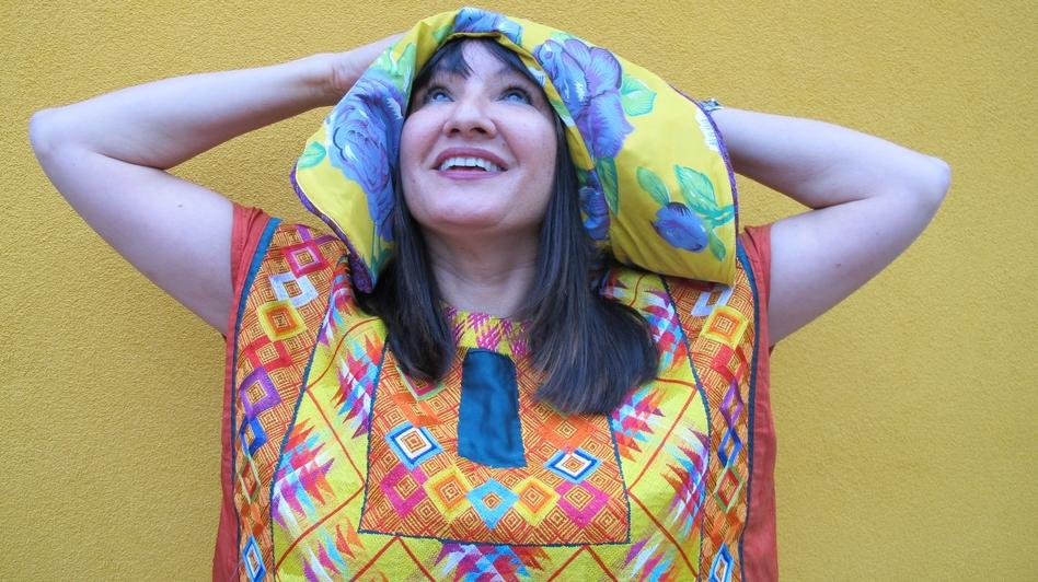 Author Sandra Cisneros. (Jessica Fuentes)
