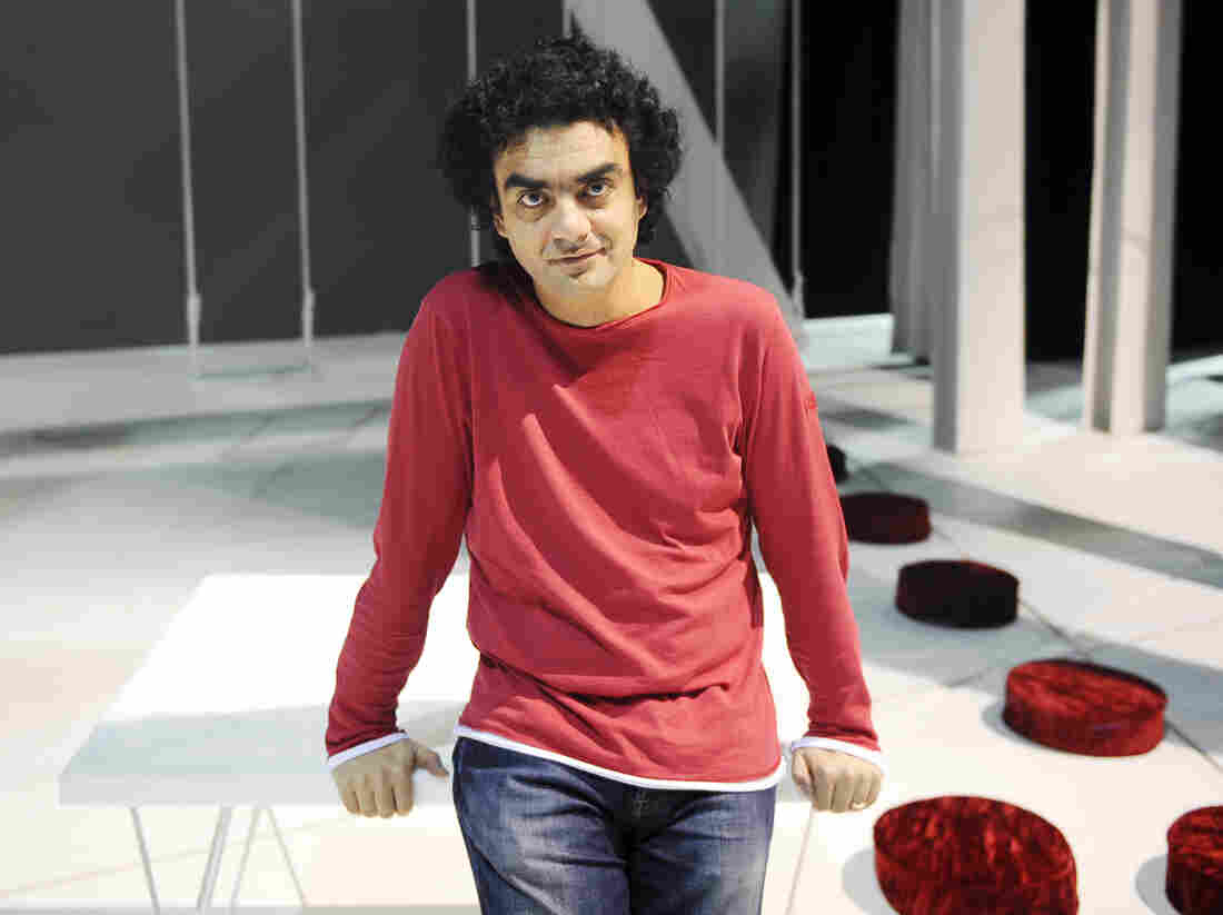 """Tenor Rolando Villazon: """"I don't think you learn anything from blogs and reviews."""""""