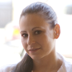 Amanda Cohen is the chef-owner of Dirt Candy, an all-vegetable restaurant located in New York City. Cohen was the first vegetarian chef invited to compete on Food Network's Iron Chef America.