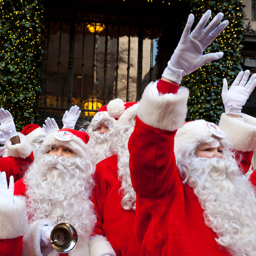 its not jolly its a job you need more than a beard to be - Pictures Santa Claus