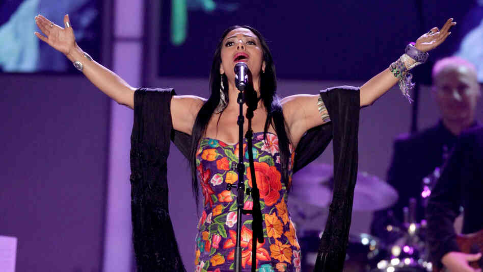 Ranchera star Lila Downs.