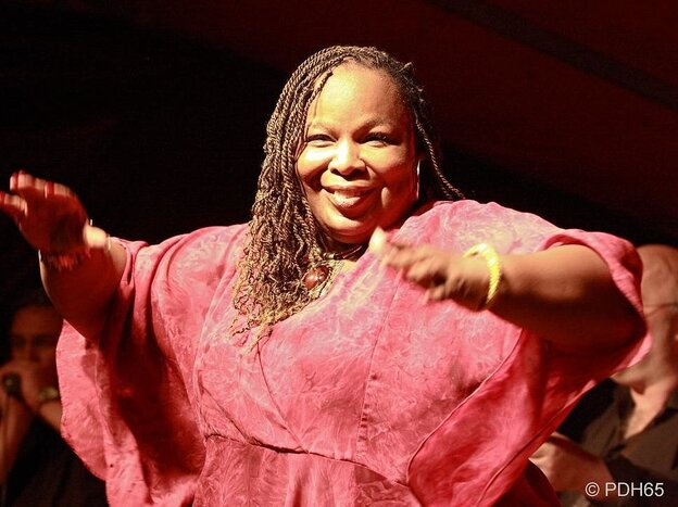Baltimore blues, jazz and gospel singer Lea Gilmore performing in Belgium.