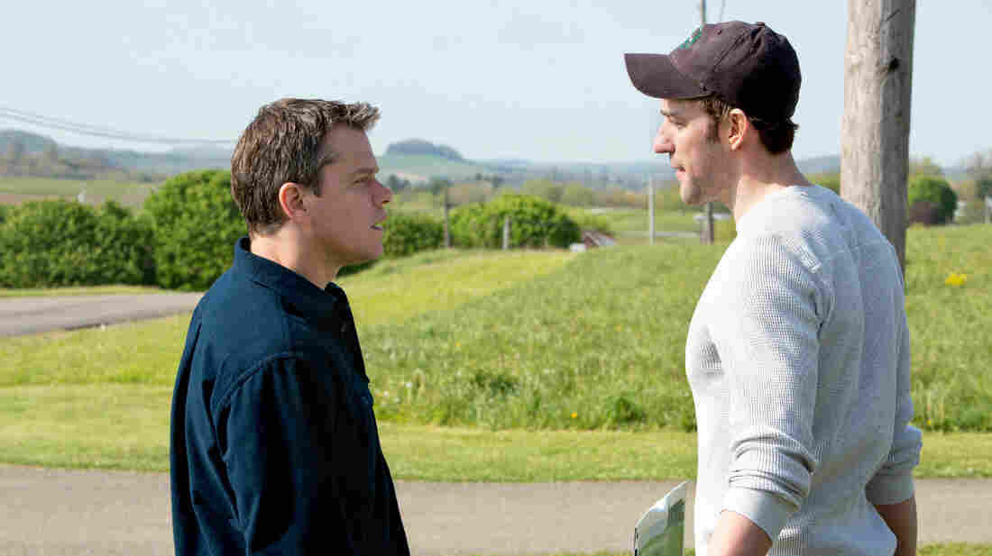 Steve (Matt Damon), a salesman for a large oil company, visits a small town in which he hopes to buy drilling rights.