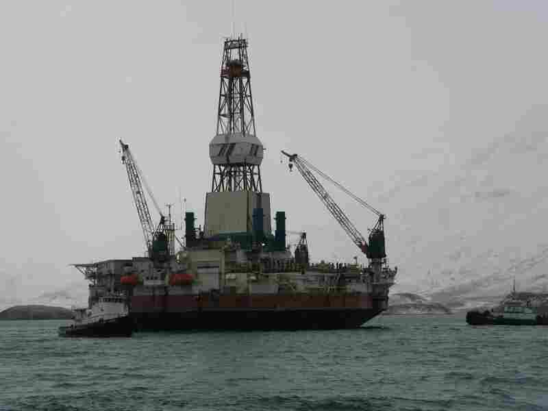 The drilling rig Kulluk, seen here in 2010, is specially built to work in the Arctic Ocean. Its round shape deflects ice floating in the water.