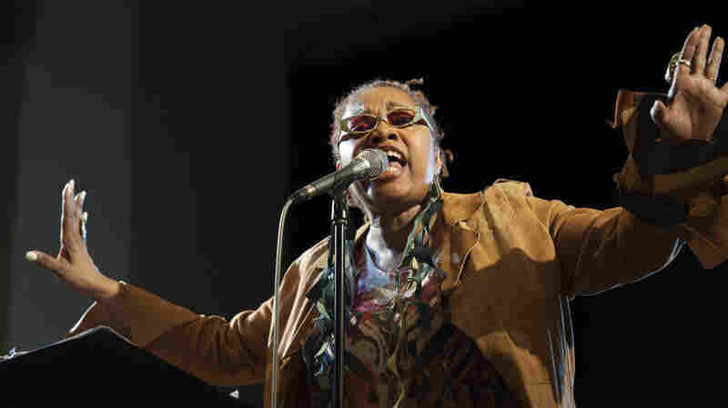 Dee Alexander salutes Jimi Hendrix during her Funkin' With Electric Soul show.