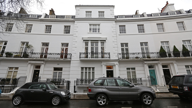 Foreign buyers are pushing the prices of prime London real estate through the roof. Neighborhoods such as West London, Kensington and Chelsea are particularly popular. (Bloomberg via Getty Images)