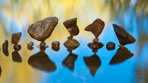 Stone balance art by Gravity Glue. (Courtesy of Gravity Glue)
