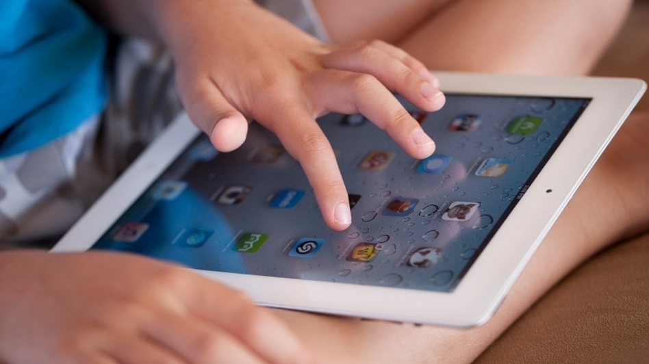 "Many popular food games for computers and devices like tablets are actually ""advergames"", created by food manufacturers to market their products to kids. (iStockphoto.com)"