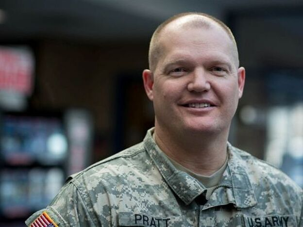 Minnesota National Guard Capt. Jeff Pratt, who has nearly 20 years of military service under his belt, found a civilian job with the help of a new jobs program led by the Minnesota National Guard. (Jennifer Simonson for NPR)