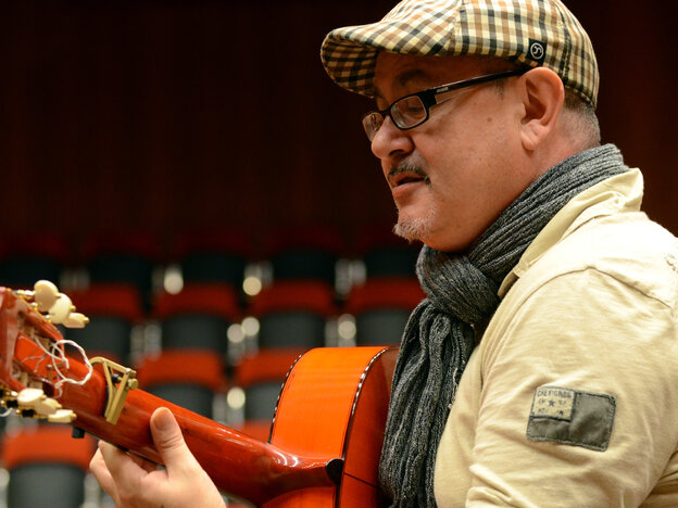Barcelona-born guitarist José Luis Montón draws from classical influences, including Baroque music, in his flamenco compositions.