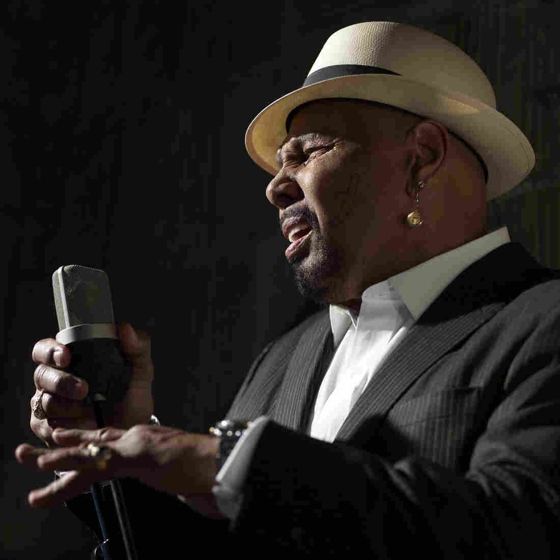 First Listen: Aaron Neville, 'My True Story'