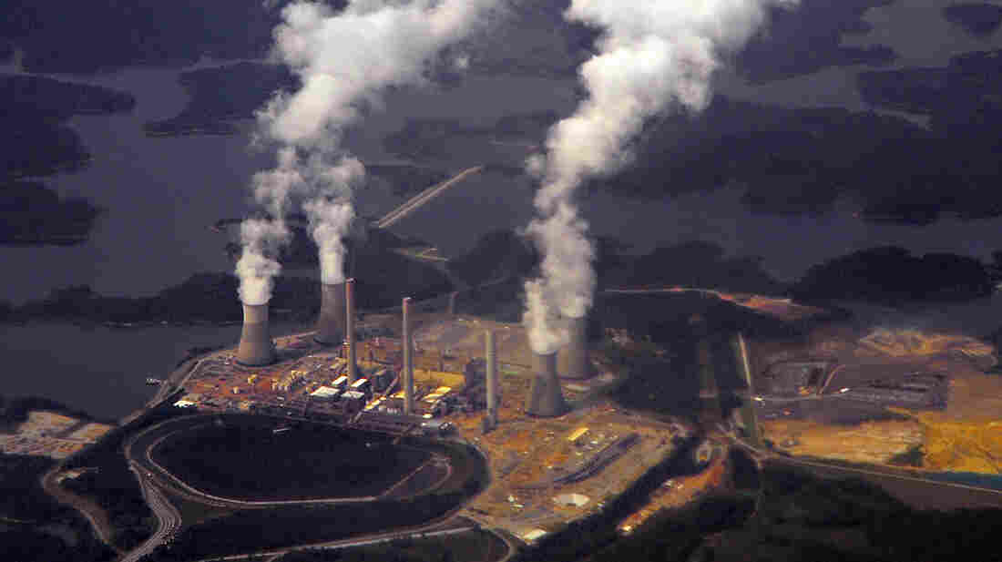 Georgia Power's coal-fired steam-turbine electric generating Plant Bowen in Euharlee, Ga., seen in 2009. The utility is planning on shuttering 15 coal- and oil-fired generating units at its facilities.