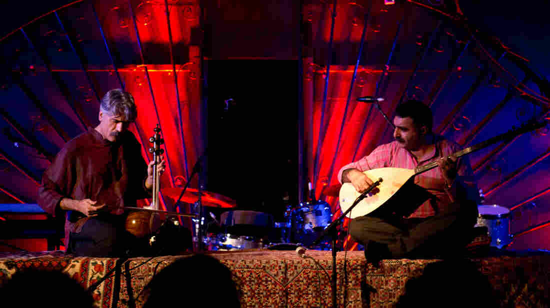 Kayhan Kalhaor and Erdal Erzincan perform live for globalFEST 2013.