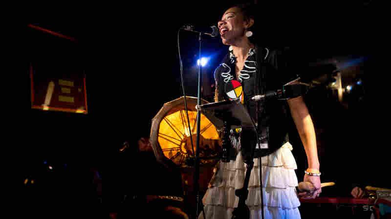 Martha Redbone performs live at globalFEST 2013.