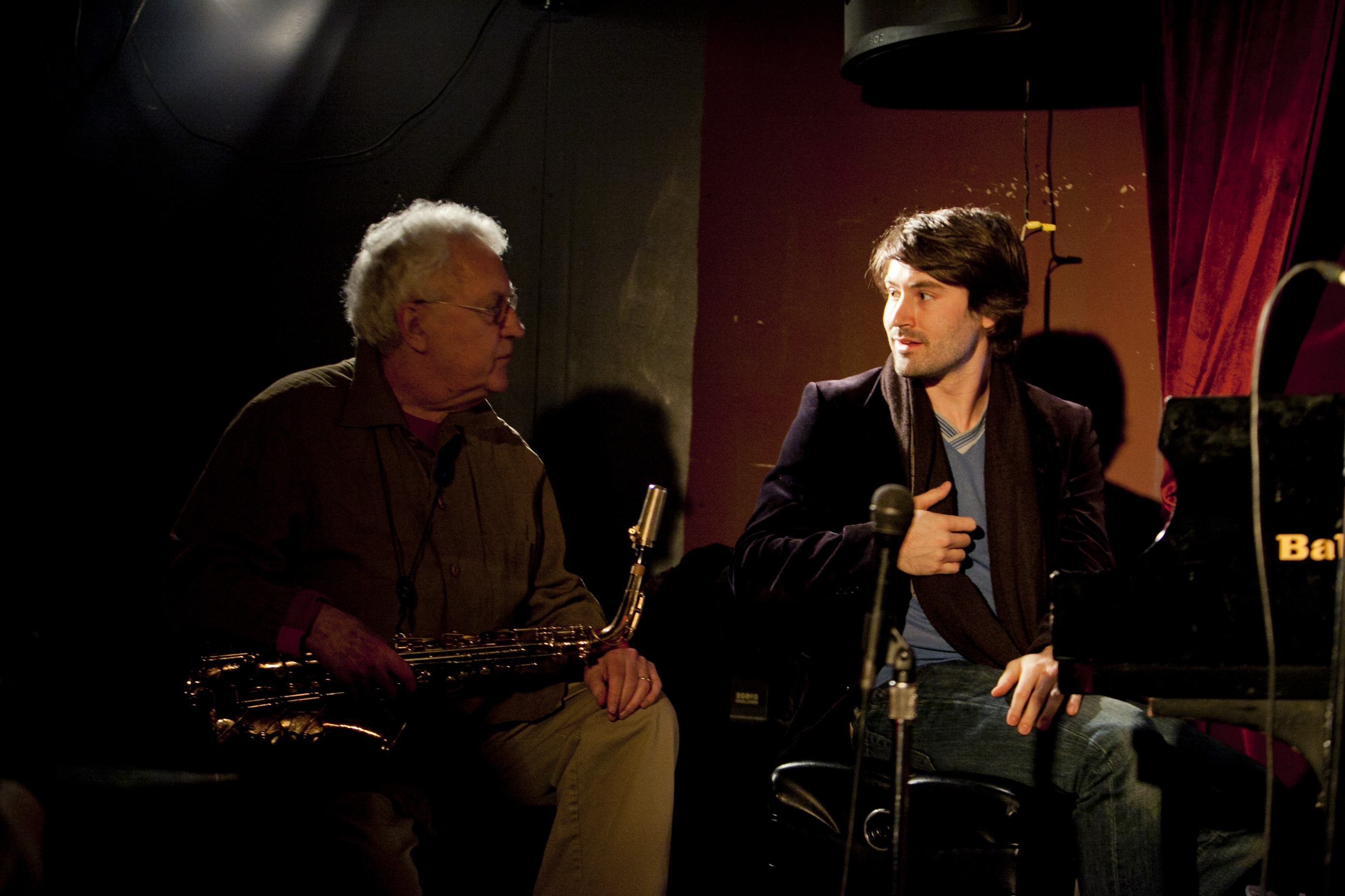 Dan Tepfer (right) brought frequent duet partner Lee Konitz to the Zinc Bar for a series of improvisations. They were backed by the Harlem String Quartet, which executed scores composed on-the-spot by Tepfer.
