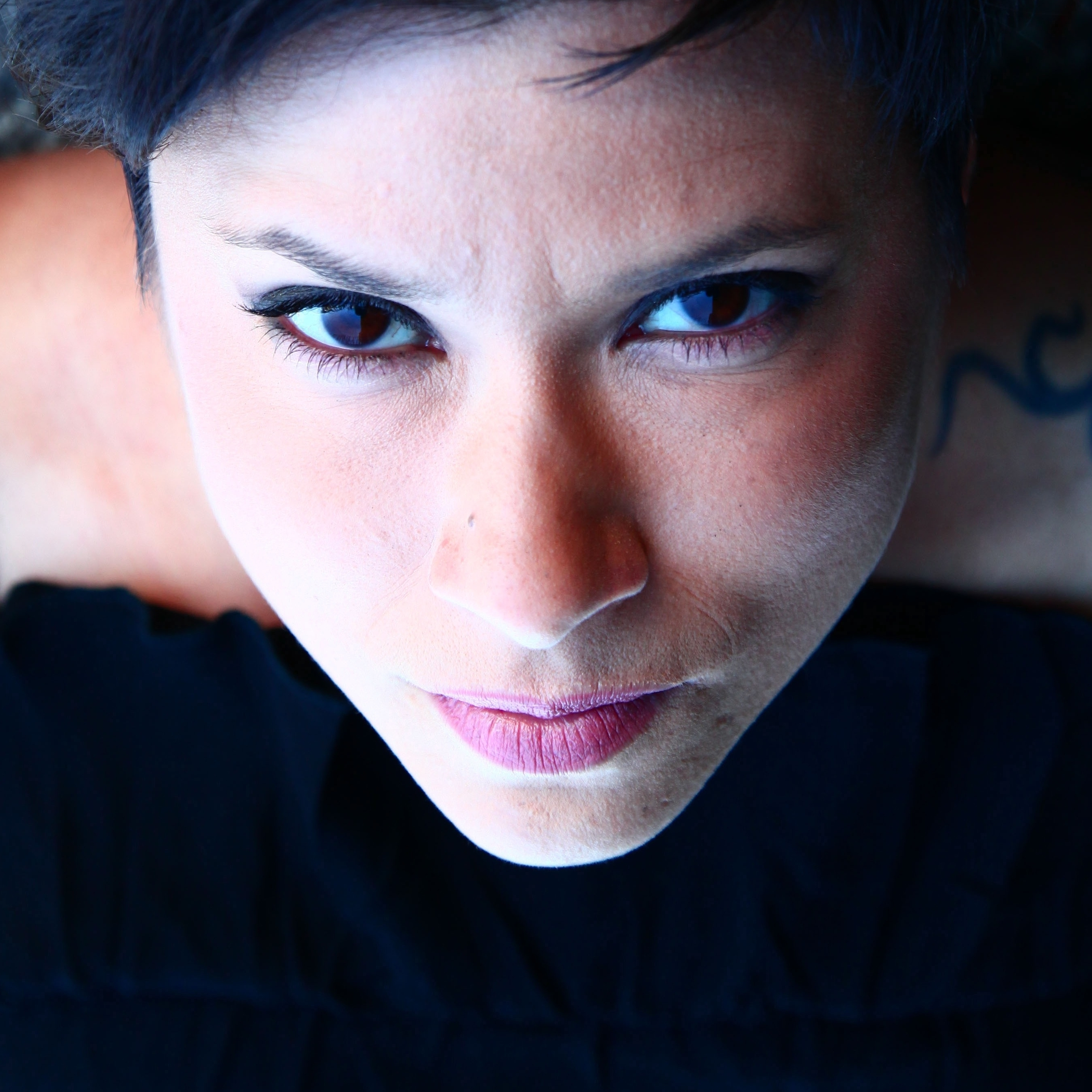 Sandra Velasquez's new album is titled Dig Deeper.