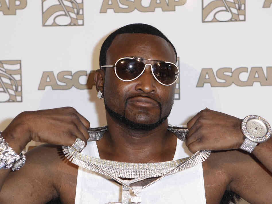 Seen here in 2008, Shawty Lo is the rapper whose babies and their mamas were scheduled to be part of an Oxygen reality special. But now, that's not happening.