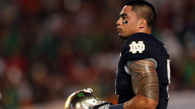 The sports website Deadspin says the story of Notre Dame linebacker Manti Te'o losing a girlfriend to leukemia is a hoax. (Getty Images)