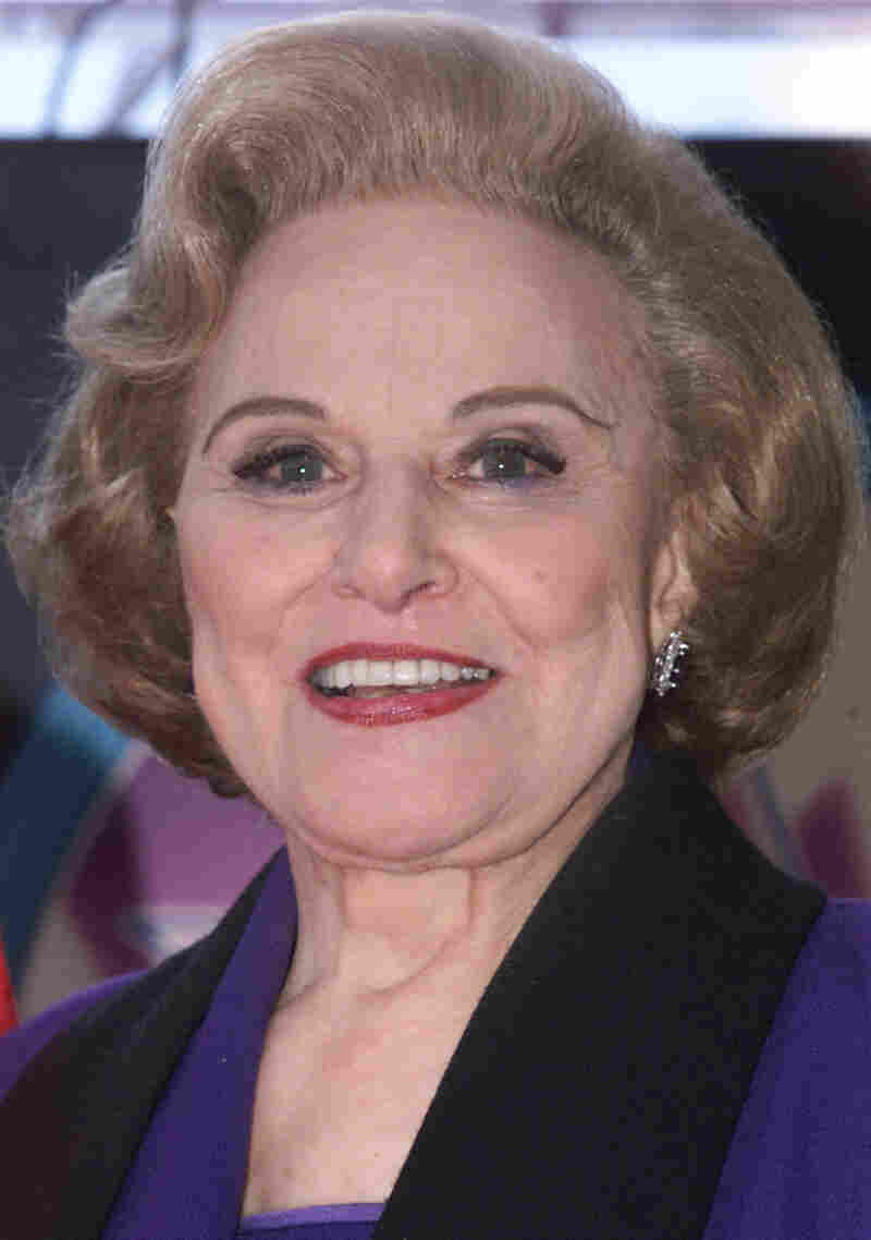 Pauline Phillips — Dear Abby — in 2001.