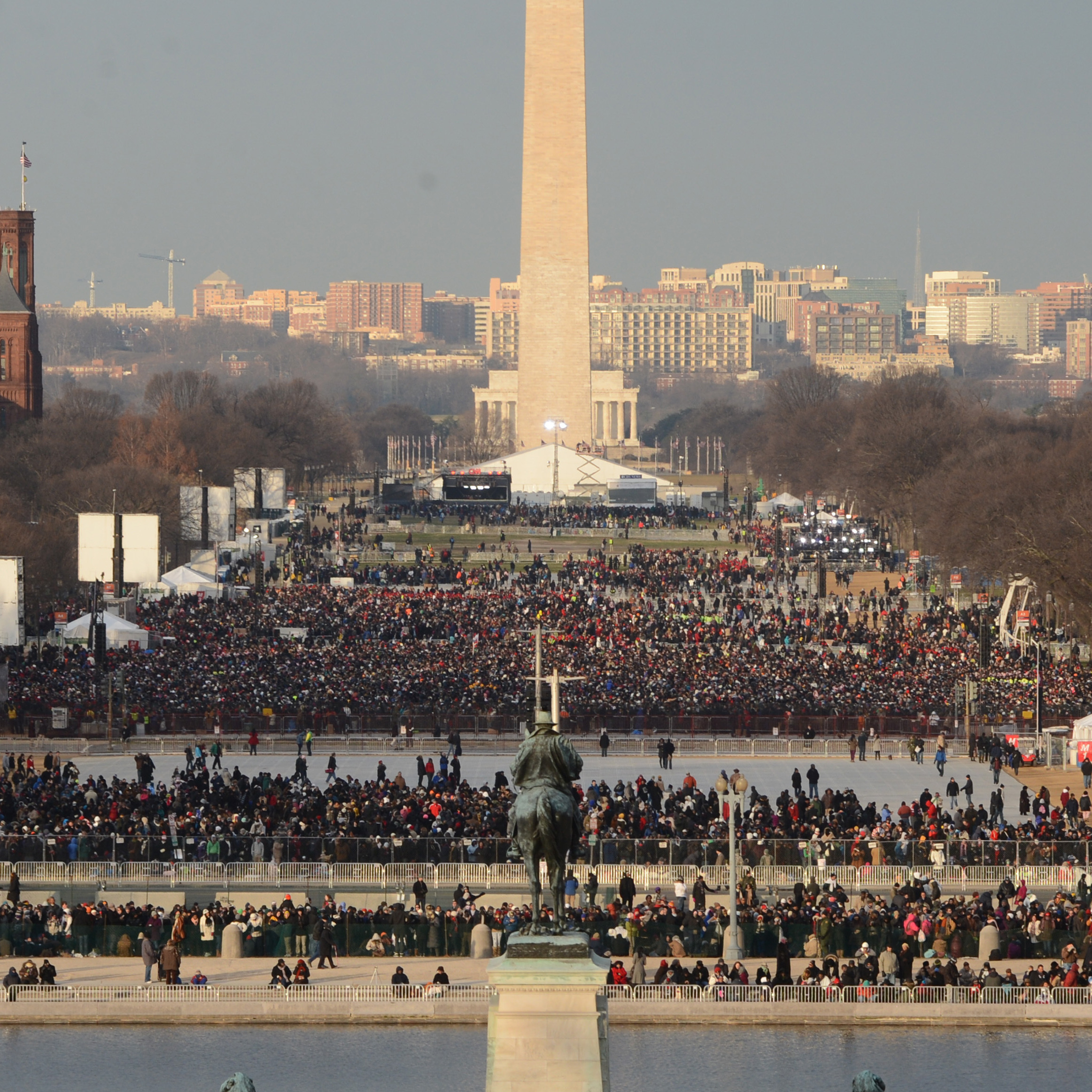 Looking west from the Capitol toward the Washington Monument several hours before President Obama was to take the oath of office.