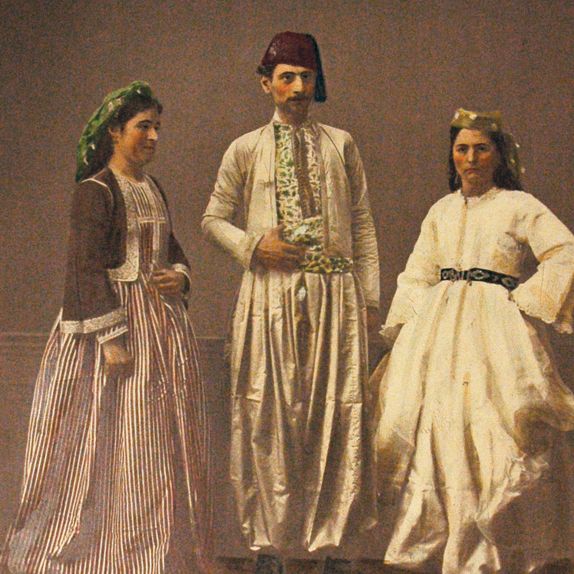 A cultural and economic hub, Aleppo drew people of many ethnicities and religions. Pictured here are (from left to right) a Christian man, a Muslim woman and a Christian woman, all from Bayreuth.