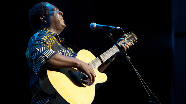 Vusi Mahlasela's new album, a live recording of his 20th-anniversary show in Johannesburg, is titled Sing to the People.